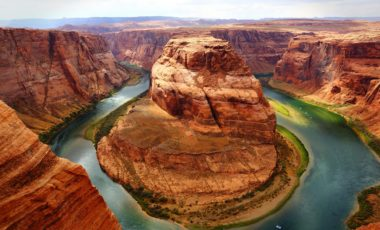 horseshoe-bend-in-grand-canyon-and-colorado-river-usa-390-medium