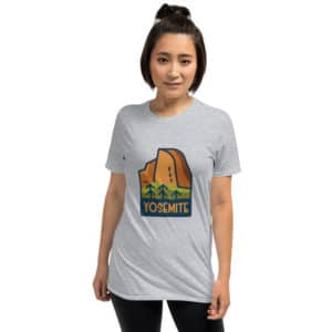 Yosemite National Park Short-Sleeve Basic Unisex T-Shirt